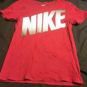 Nike Tee*